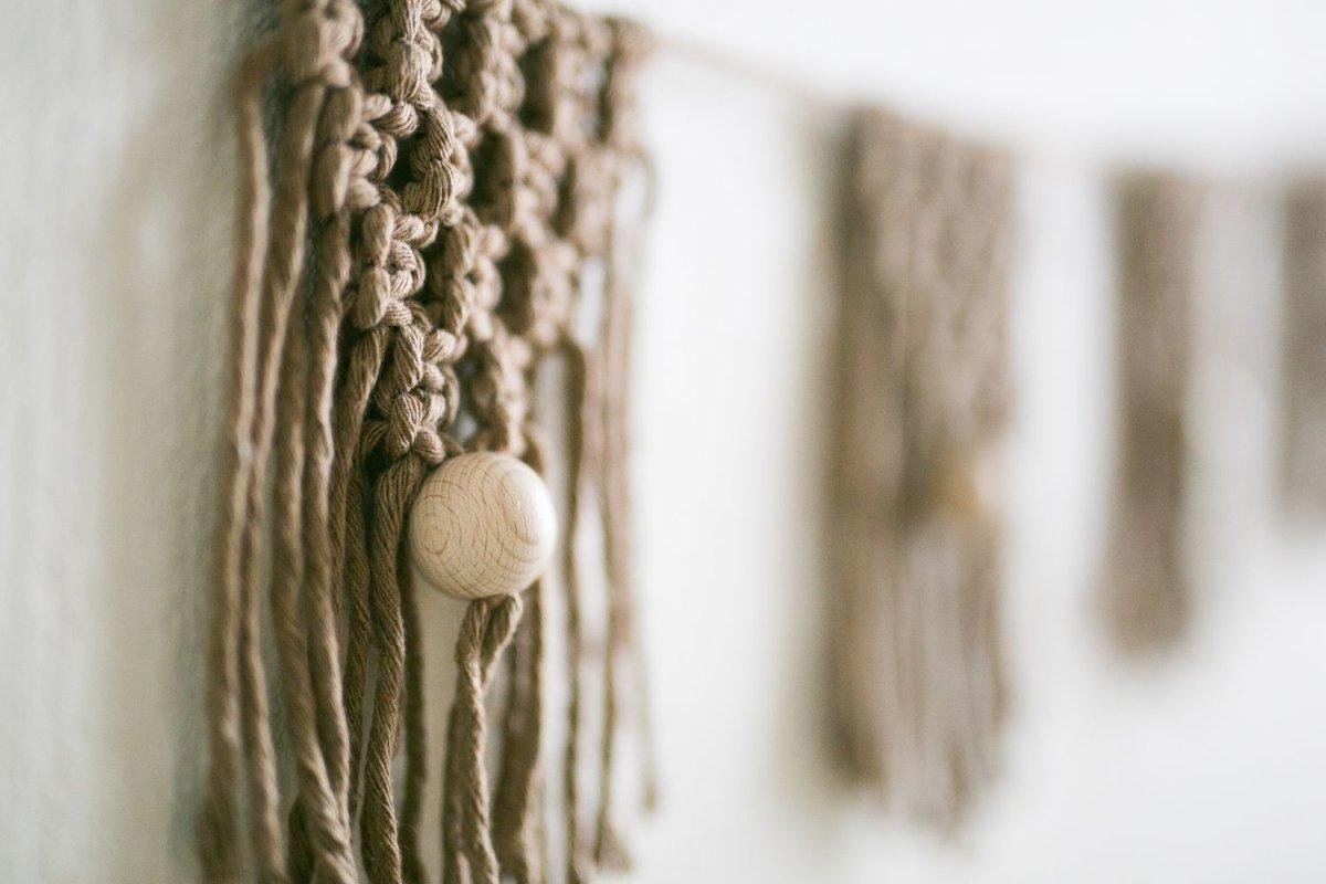 Mezglota virtene ar koka bumbiņām