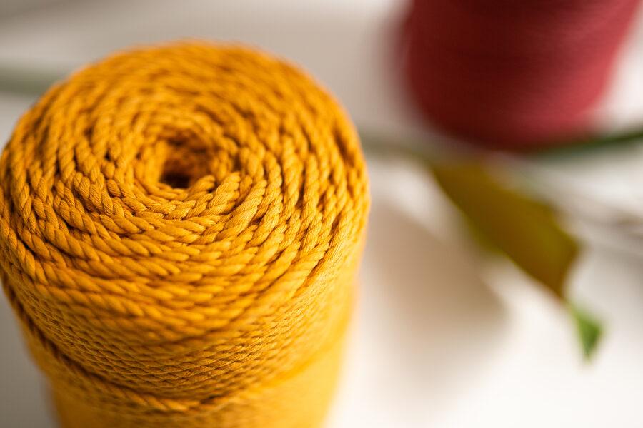 Kokvilnas aukla 3-pavedienu 4mm, 10-50m, sinepju/mustard