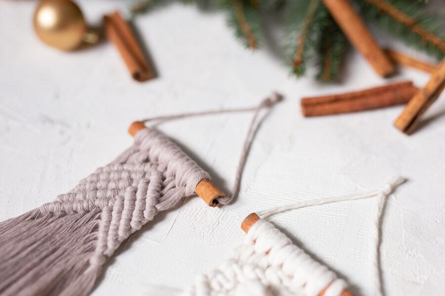 Individuāla meistarklase - mazo Ziemassvētku dekoru mezglošana